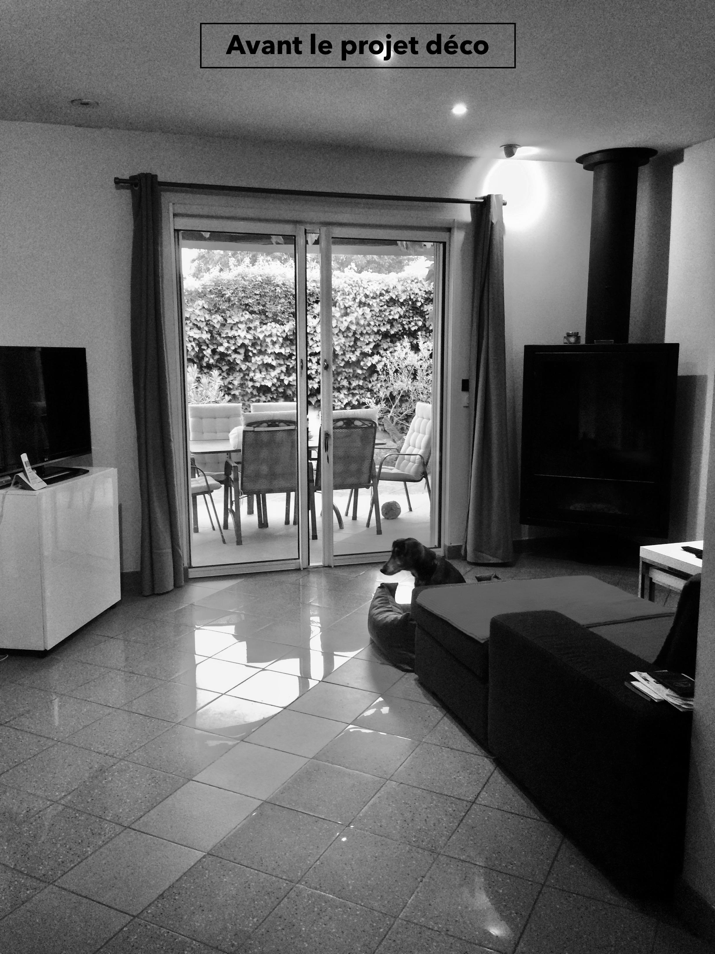 Nouveau look pour une villa gardoise, Les Angles, par Kty.L Décoratrice UFDI Avignon et Nîmes (30 et 84) : le salon à l'origine